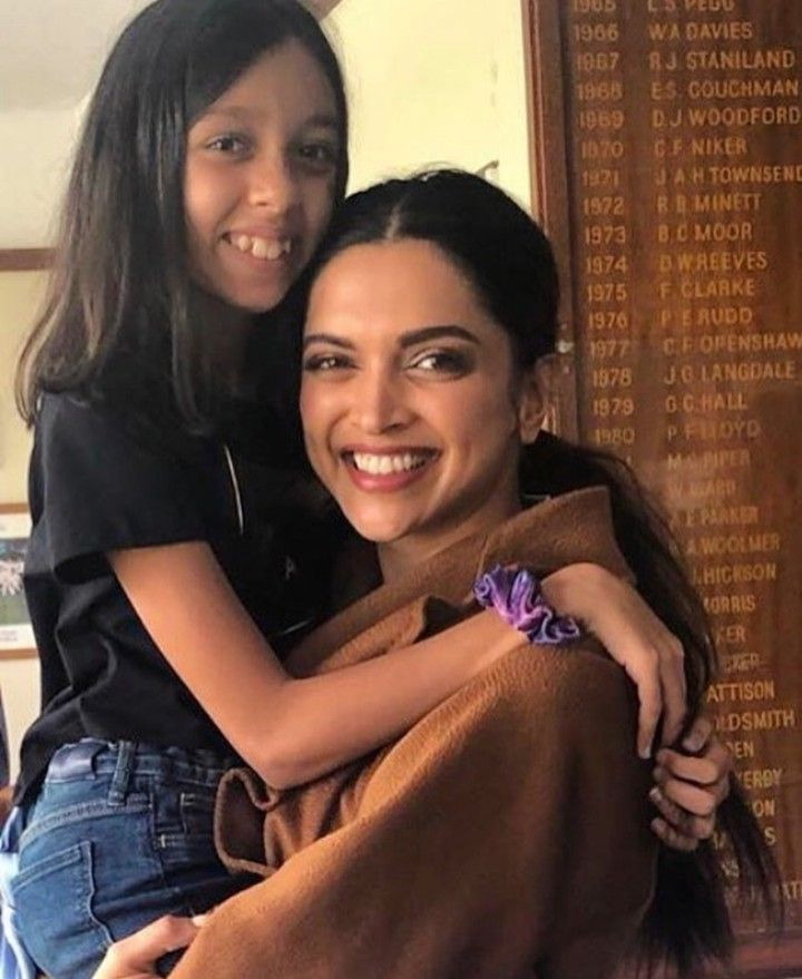 Deepika Padukone With Kabir Khan S Daughter Is Such A Happy Picture For More News And Gossip Follow Masala Bollywood Stars Deepika Padukone Bollywood
