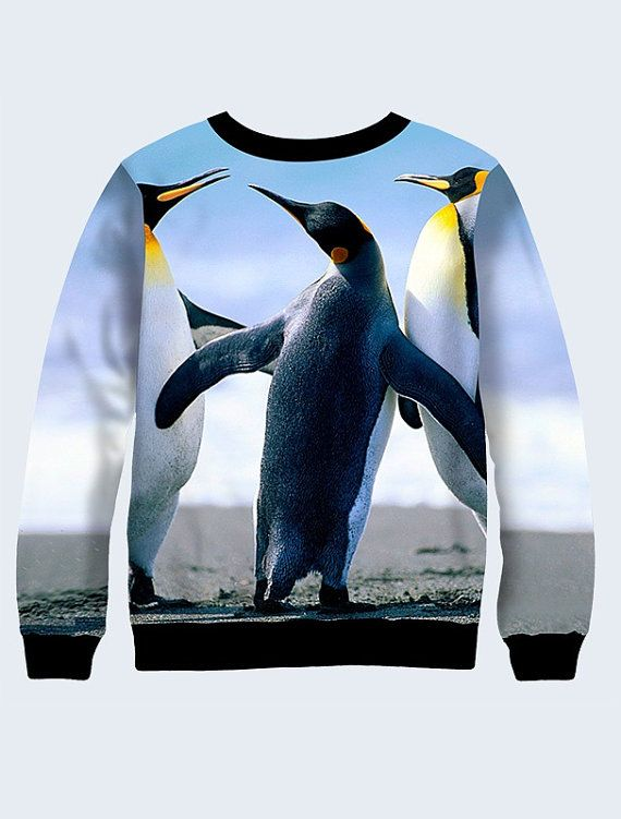 Sweatshirt Pinguin.  Gemaakt van dubbellaags jersey. De binnenste laag is gemaakt van katoen, sweatshirt is zeer aangenaam om te dragen. De print is zeer duurzaam en niet in de zon doet verdwijnen. Deze trui kan gewassen worden in een wasmachine.  Beschikbare maten: XXS, XS, S, M, L, XL. Controleer de maattabel om te kiezen van uw maat. 1 inch = 2,54 cm  Meer womens sweatshirts zijn hier: https://www.etsy.com/ru/shop/NewVelikan?ref=hdr&section_id=20512828  LET OP We moeten 10-12 werkdagen…