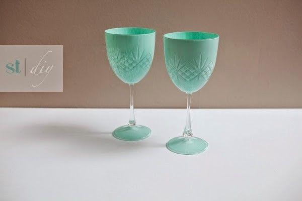 DIY para pintar las copas de vino | Decorar tu casa es facilisimo.com