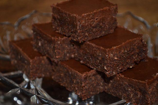 Die Gourmet-Rohkost bietet mir, als Vollwertköstlerin super Alternativen zu künstlichen Süßigkeiten.Die Zutaten sind alle natürlich. Wer auf Rohkostqualität Wert legt, sollte die Herstellung der Le...