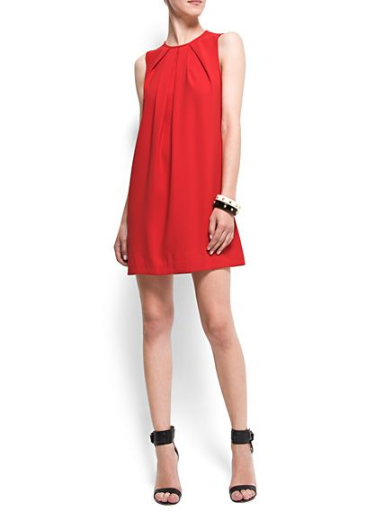 Shift dresses are way in this Fall season... I'm liking this simple red... add some bling accessories, and you're good to go!