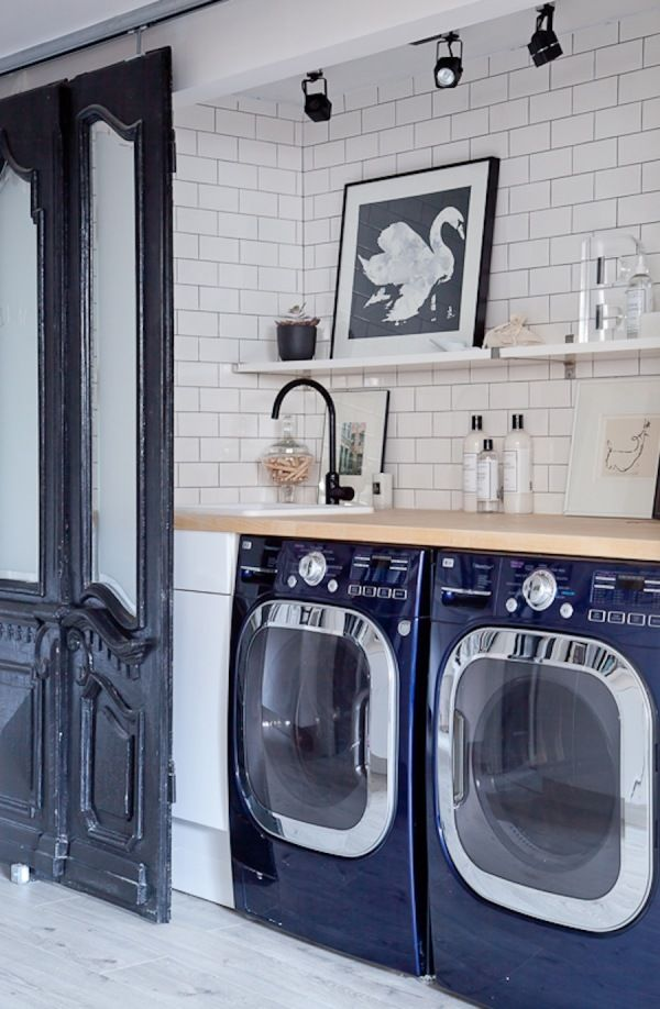 Use dryer sheets as dusters: http://www.stylemepretty.com/living/2016/03/20/15-genius-cleaning-hacks-that-will-change-your-life/ Photography: Ashley Capp - http://www.ashleycapp.com/