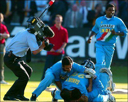 "On that pulsating evening at Lords, from 147-5,we chased down 325 !  Images of Ganguly and Dravid jumping over Mohd Kaif, Yuvraj Singh proudly holding his Indian Jersey in front of the Members Stand & Indian Flags flying all around ""The Home of Cricket"" still gives me goosebumps"