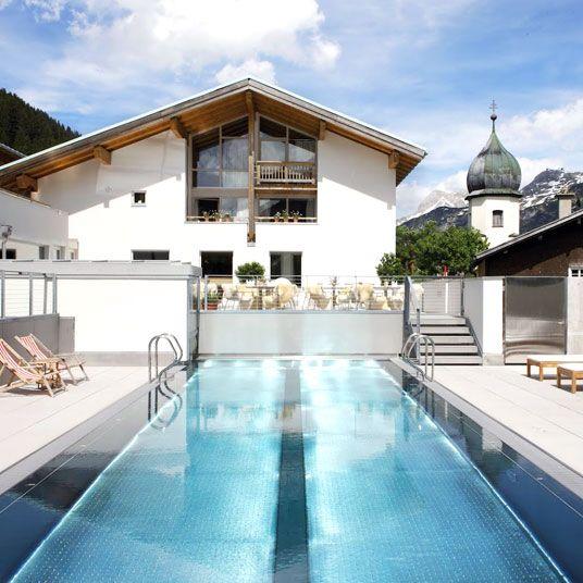 Hotel & Gasthof Rote Wand - Lech-Zurs, Austria. Book Discount Hotels
