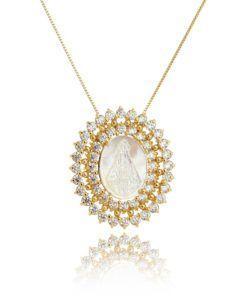 colar medalha nossa senhora folheada a ouro com zirconais cristais e madreperola semi joias religiosas online