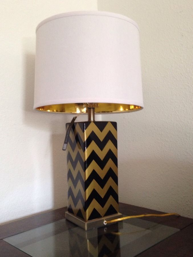 Sold Out Elegant TLC Home Black And Gold Chevron Ceramic Table Lamp W/  Shade #