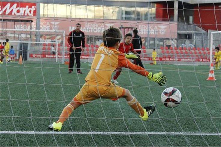 Águias têm 45 escolas de futebol, a maioria em Portugal, mas também na China, Cabo Verde, Angola e Guiné