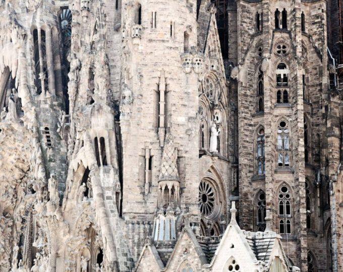 La Sagrada Familia fotografía - Barcelona Fotografía - Gaudi arquitectura impresión - arte de la pared Español - viaje foto - neutro - decoración iglesia
