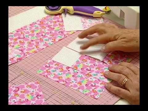 ▶ Arte e Manhas da Tia Lili: colcha delicada (feita com fat quarters!) - YouTube