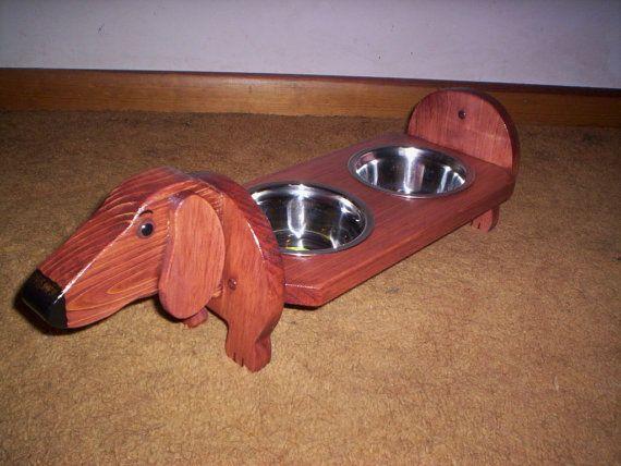 Alimentador de elevada perro Dachshund, hechos a mano opción de Doxie rojo o negro/tan Doxie por favor especifique en el pedido