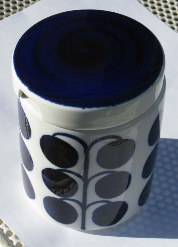Arabia Finland Cobalt Blue Anemone Honey/Sugar jar or pot
