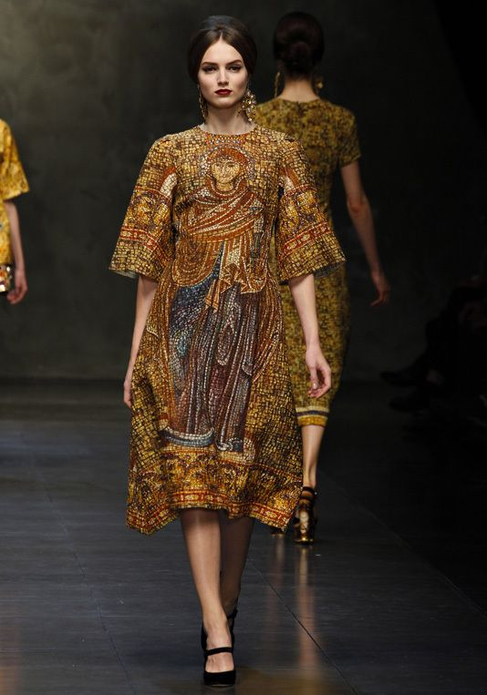 Dolce Gabbana 2014 for Anne of Cleves