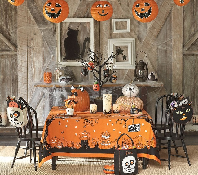 halloween table haunted halloweenhalloween party ideashalloween