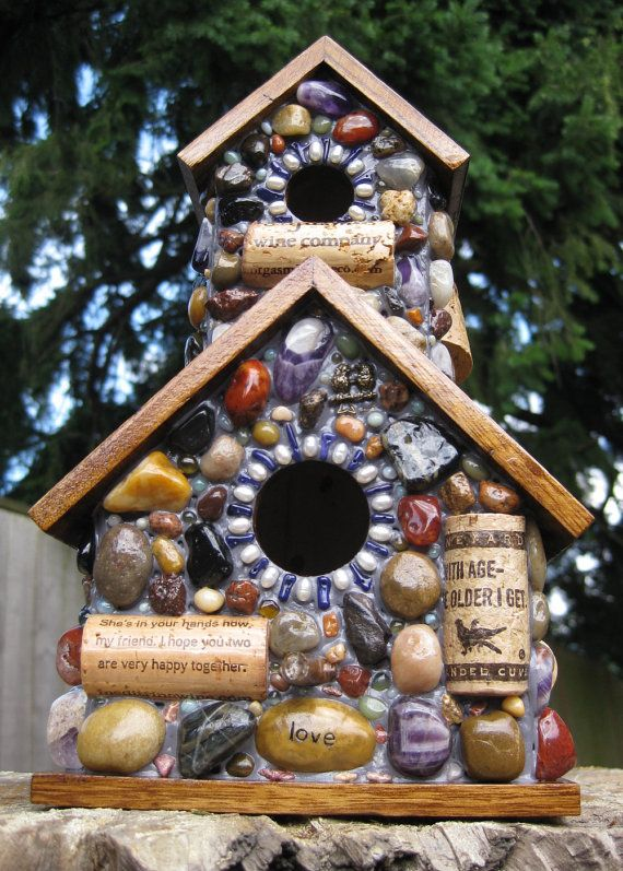Love the mosiac bird house!