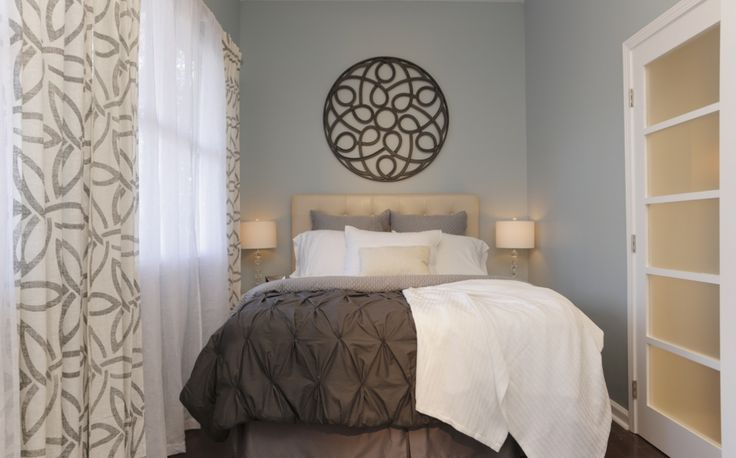 A small room made airy wnetworkcanada propertybrothers for Airy bedroom ideas