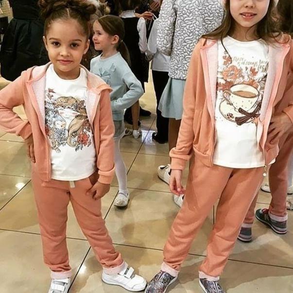 Наши замечательные повседневные костюмчики для девочек из коллекции #SilverSpoonCasual😍!Сейчас на них и остальные наши коллекции 2016 года скидки до 70%.👧👆 #подростки #подростковаямода #одеждадлядетей #одеждадлядетей_скидки #одеждадляподростков #магазиндетскойодежды #магазинподростковоймоды #детскаяодежда #дети #детскаямода_распродажа #детскаямода_скидки #инстадети #инстамама