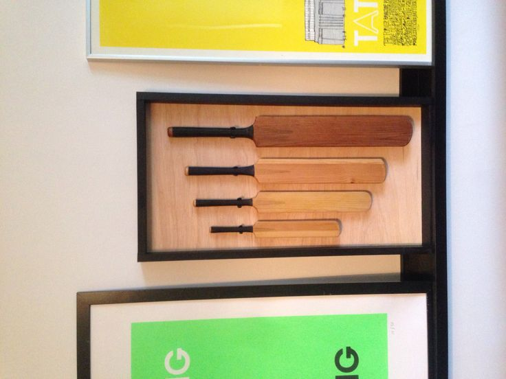 Friends always ask for the weirdest things for me to make ;) So, I've got 4 miniature cricket bats all different sizes and what to display them! You can do that, can't you? Simples...