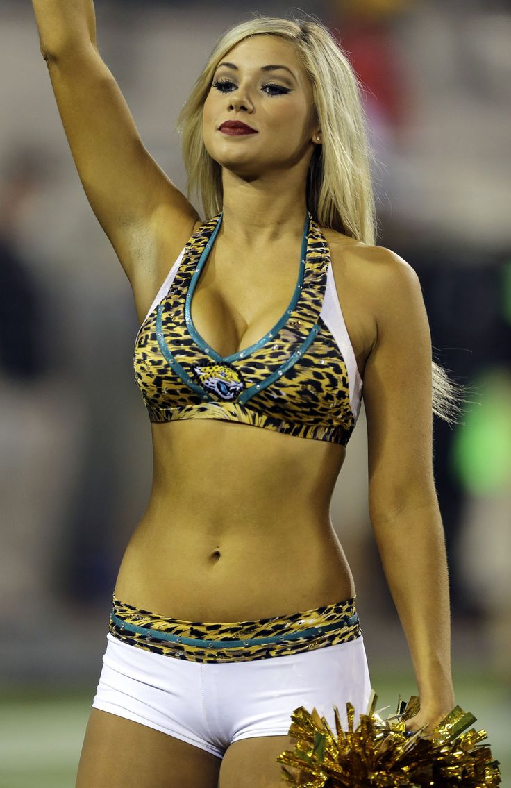 cheering get naked cheerleader in panty