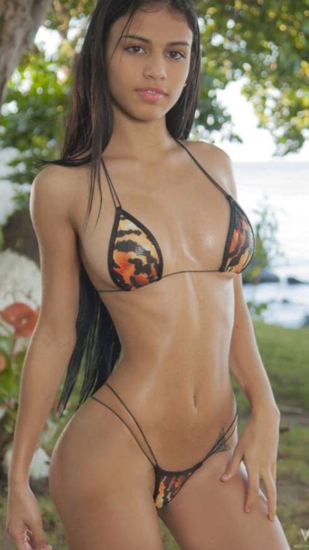 ttl model naked