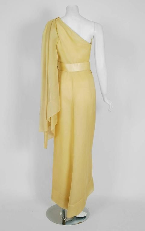 1969 Christian Dior Haute-Couture Yellow Silk One-Shoulder Grecian Goddess Gown 4