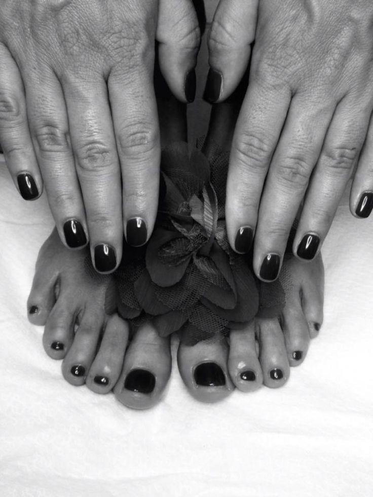 Smalto semipermanente nero estremo