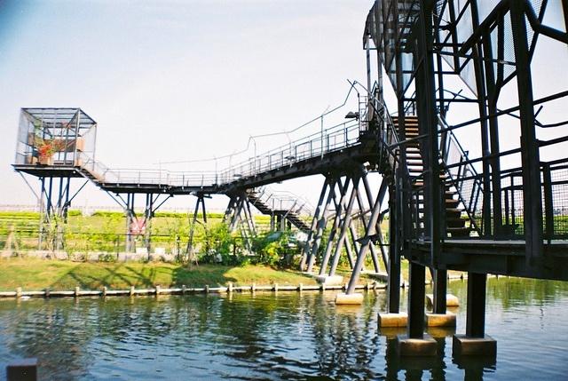Sunshine on long bridge