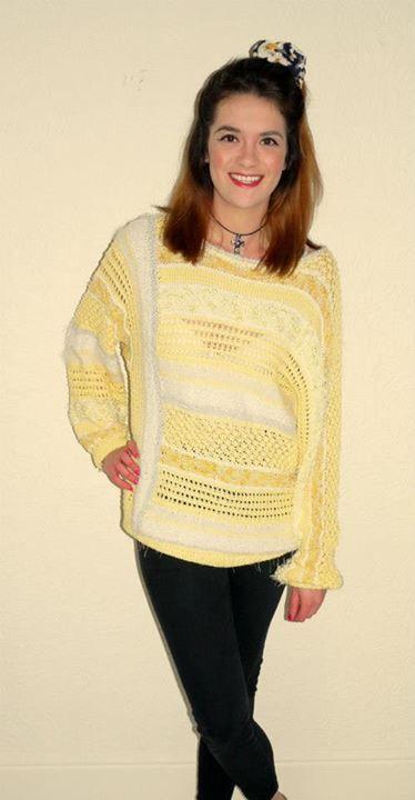 gorgeous yellow knit £12