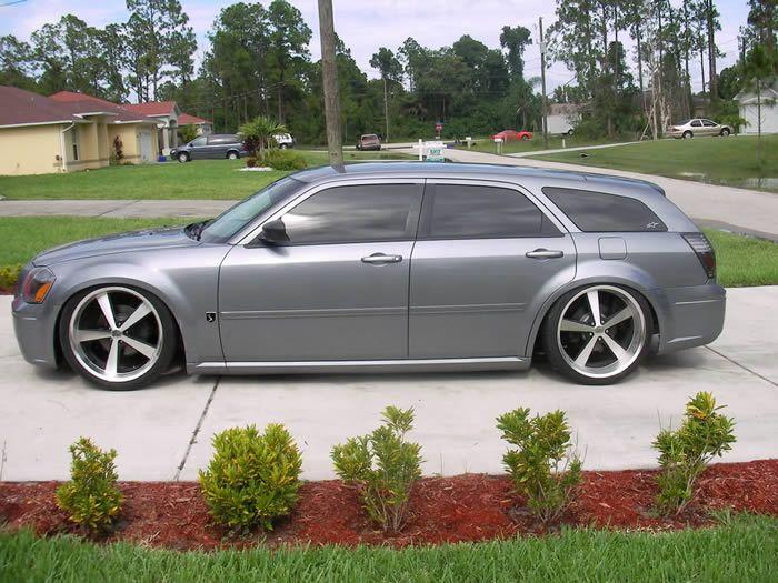 22 inch kmc nova staggered wheels dodge magnum gray