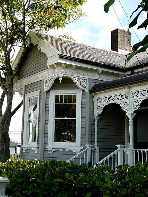 2053 best victorian house ideas images on pinterest for Victorian house trim