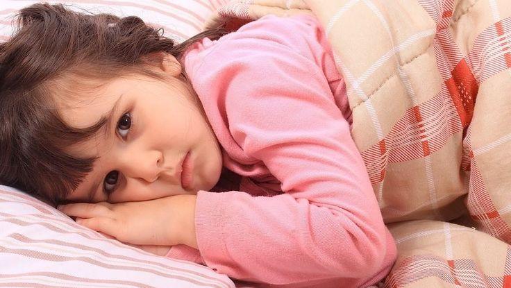 """Çocukların uyku sorununa çözüm 15 altın öneri Sitemize """"Çocukların uyku sorununa çözüm 15 altın öneri"""" konusu eklenmiştir. Detaylar için ziyaret ediniz. https://www.cocukrehberi.net/psikoloji/cocuklarin-uyku-sorununa-cozum-15-altin-oneri.html .  anne,bebek,çocuk,uyku,düzen,teşvik,ayrılık,zaman,gece,sorun,olasılık,yatak,alışkanlık,baba,ateş,güneş,kahve,çikolata,çay,aile,yiyecek,içecek, Ferit Durankuş"""