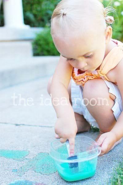 Home made Sidewalk Chalk Paint Recipe via Amy Huntley (The Idea Room)