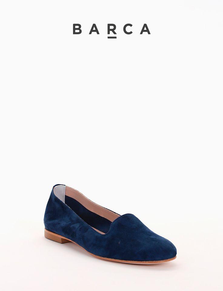 #Babbuccia in #camoscio, fondo #cuoio e soletto in vera #pelle.  COMPOSIZIONE FONDO CUOIO, SOLETTO VERA PELLE  CARATTERISTICHE Altezza tacco 1 cm  COLORE #Blu  MATERIALE #Camoscio  #Madeinitaly #scarpe #moda #scarpedonna #shoes #modadonna #inspirationmoda #springsummer #Barcastores