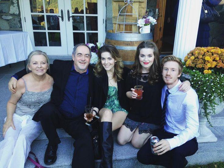One More Girl, mom Lynda McKillip, dad Tom McKillip, and a friend in 2015