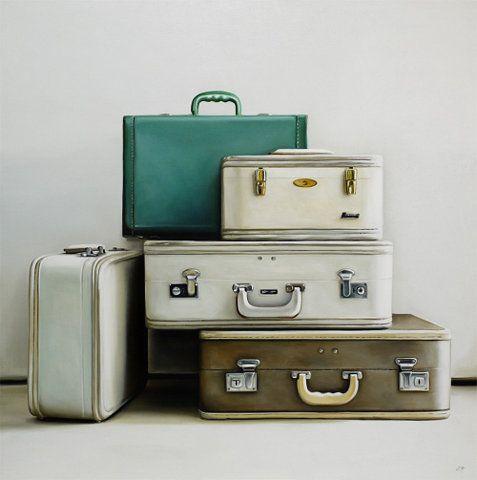 old school luggage - need more cool vintage luggage!