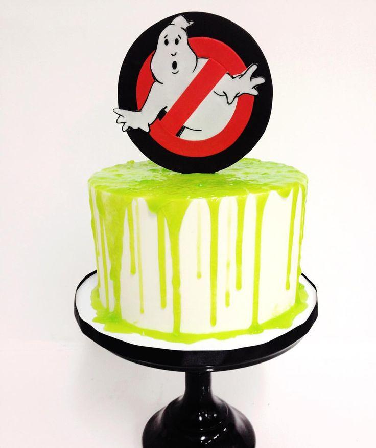 Slimy Ghostbusters cake by @francesmencias, @lirabren5 and @rachchan_la                                                                                                                                                                                  More