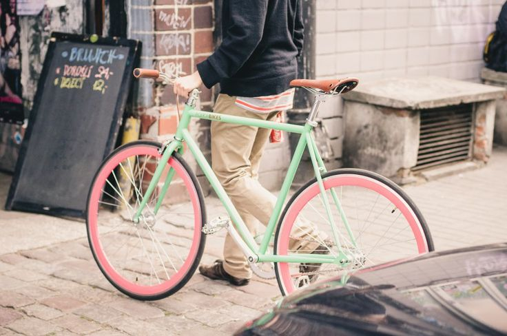 www.urbanflavour.pl / warsaw bike and fashion #bike #fashion #urbanflavour #street #warsaw