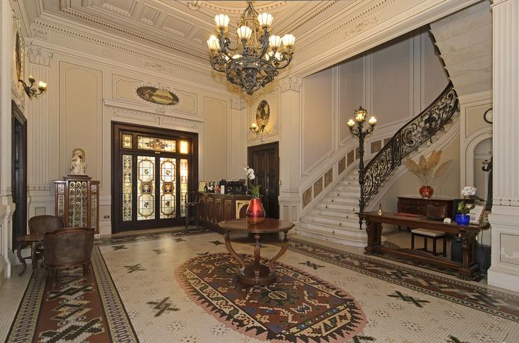 hall,Villa Tina Hotel,stile liberty,art decò,Viareggio,passeggiata,near the beach,romantic