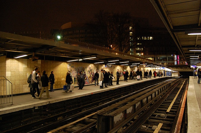 place bastille metro