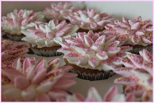 Marshmallow Flower Cupcakes - mooie marshmallow bloemen cakejes