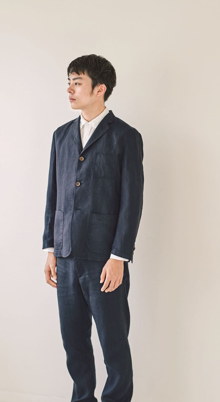 Look good, keep cool. |  MUJI French Linen - soft with the comfortable pleasure of natural wrinkles. Breathable, quick drying and machine washable. | French Linen Pre-Washed Shirt, French Linen Jacket, French Linen Relaxed Fit Trousers