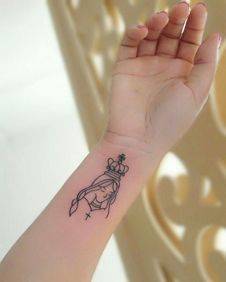 Tatuagem de santa: 90 ideias para eternizar e exaltar sua fé | Tatuagem, Tatuagem de santo, Tatuagem personalizada