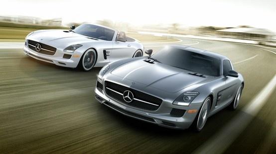 Mercedes-Benz SLS AMG. A new legend is born.