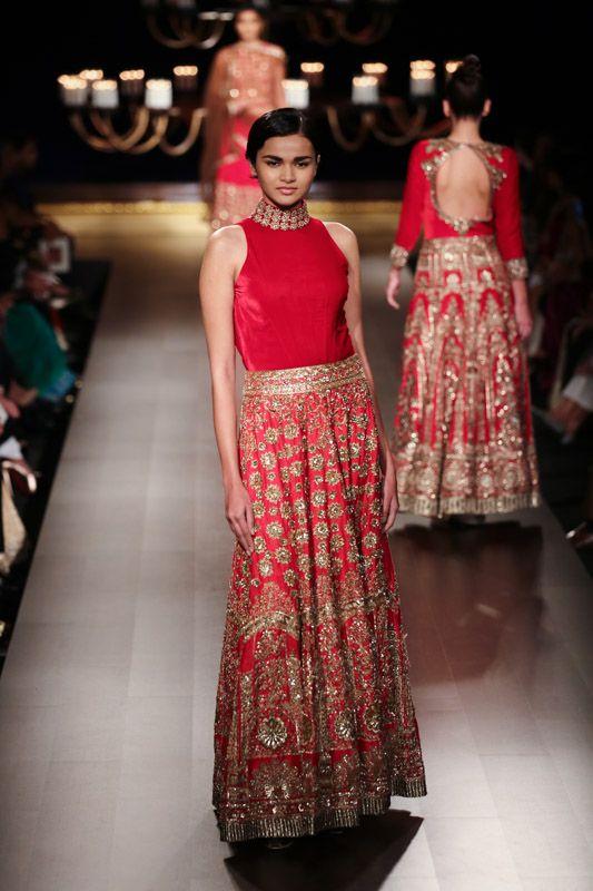 ICW 2014: Manish Malhotra #icw2014 #manishmalhotra #lehenga #choli #indian #hp #shaadi #bridal #fashion #style #desi #designer #blouse #wedding #gorgeous #beautiful