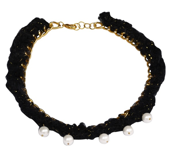 "Necklace ""Rock"" black with Pearls  Gold color, chain Faux necklace with black thread through together with pearls."