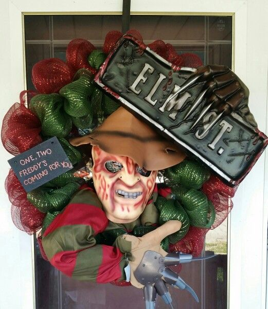freddy krueger halloween wreath - Freddy Krueger Halloween Decorations