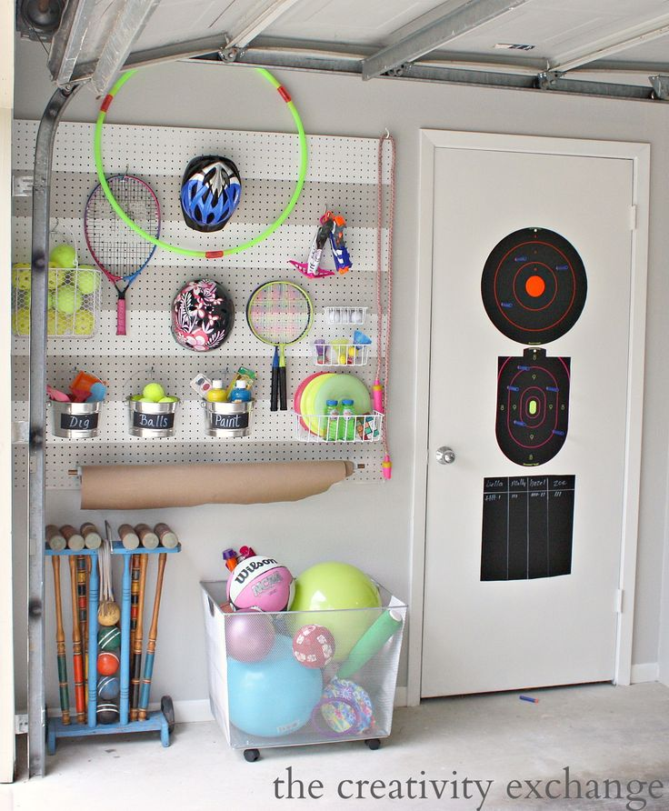 DIY-Garage-Pegboard-Outdoor-Toy-Storage-Wall-The-Creativity-Exchange-3MPartner-ad.jpg 1,581×1,918 pixels