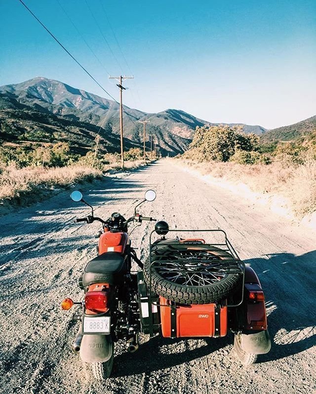 There is a cool way to third wheel #sidecar Via @seanmacd #southerndualsport
