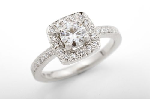Amelia ring with 5 mm moissanite center stone. CaiSanni