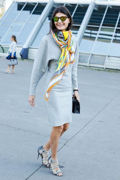 Paris street. Love her style!