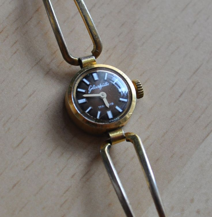 Vintage GUB Glashutte 17 Rubis Germany GDR Miniature LADIES WOMAN Wristwatch #Glashutte #Casual